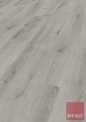Ламиниран паркет 8 mm Laminate flooring D 3904 WG - Sommer Eiche Hell